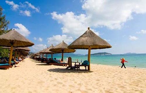 享受阳光沙滩 三亚自驾游